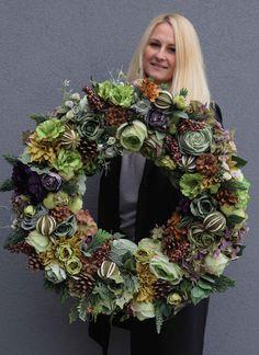 Spring Wreaths, Christmas Wreaths, Floral Wreath, Holiday Decor, Beauty, Wreaths, Christmas Decor, Diy Crafts, Floral Crown