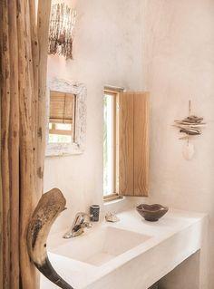 Des vacances sur une île mexicaine - PLANETE DECO a homes world Lofts For Rent, Rustic Loft, Luxury Loft, Mediterranean Homes, Impala, Ibiza, Designer, Interior Design, House