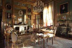 The salon of Garcia's castle in Normandy exemplifies the grand style for which he is known.