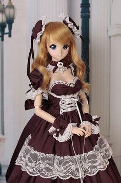 Kizuna Yumeno Smart Doll by Vitra Foris