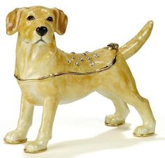 #3213 - Labrador - Kubla Crafts Trinket Box MIB -NO Necklace - BEAUTIFUL!   Can be found at www.pacifictraders.biz