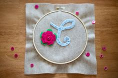 Vintage sewing - hoop placemats