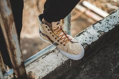 Zio Ziegler x Vans Classics 2015 Spring/Summer Collection: Known for his paintings and large-scale outdoor murals, San Francisco-based Zio Ziegler has teamed Fashion Art, Fashion Shoes, Mens Fashion, Shoe Closet, Spring Summer 2015, Sports Shoes, Summer Collection, Menswear, Normcore