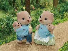 [SF] Splashy Otter Family buy on Sylvanian Families. , offer Sylvanian Families at discounted rate in Sylvanian Families Sylvanian Families, Calico Critters Families, Sewing Stuffed Animals, Little Boy And Girl, Family Set, Fishing Girls, Baby Otters, Cute Toys, Sewing Toys