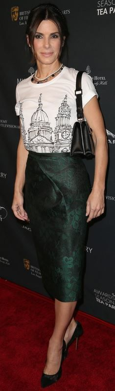 Who made  Sandra Bullock's green print skirt and white tee that she wore in Beverly Hills on January 11, 2013?