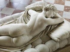 Hermaphrodite endormi, époque romaine impériale / Musee du Louvre