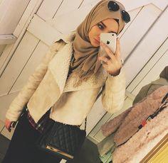 Image about love in Arabs on Hijab by Sky Angel Muslim Women Fashion, Arab Fashion, Islamic Fashion, Modest Fashion, Girl Fashion, Collection Eid, Hijab Fashionista, Muslim Hijab, Hijabi Girl