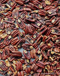 You Can Lose Pounds By Cook With BUT Only If You Use The RIGHT Way, Roasted Pecans are irresistible nutty goodness that is perfect for appetizers, snacks or sharing as an edible gift. Appetizer Dips, Appetizer Recipes, Snack Recipes, Cooking Recipes, Free Recipes, Cooking Tips, Dinner Recipes, Easy Roasted Pecans Recipe, Roasted Nuts