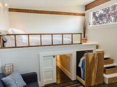 Wohnzimmer Im Bauernhaus Mit Altholz Und Bodentiefen Fenstern