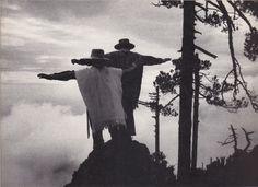 ça c'est beau c'est pour toi y'a les pins et les mexicains Sebastião Salgado - Outras Américas (1999)