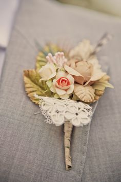 perfect for an old fashioned wedding, maybe even using some lace that belonged to his mom or gramma...very special