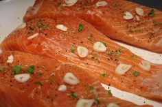 Lazac steak fűszerezve Tasty, Yummy Food, Food And Drink, Cooking Recipes, Fish, Meat, Salmon, Delicious Food, Chef Recipes