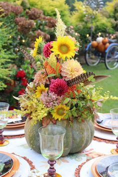 Flower Vases, Flowers, Tablescapes, Pumpkins, Floral Arrangements, Fall Decor, Autumn, Table Decorations, Ideas