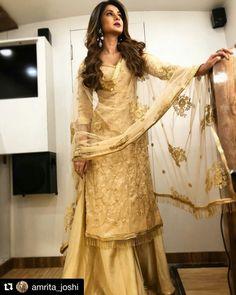 Divyanka Tripathi, Jennifer Winget, Nia Sharma: List of television's best and worst dressed of the week Pakistani Dresses, Indian Dresses, Indian Outfits, Pakistani Bridal, Indian Bridal, India Fashion, Ethnic Fashion, Style Fashion, Fashion Beauty