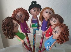 Pencil Toppers, Popsicle Sticks, Popsicles, Barbie, Embroidery, Ornaments, Disney Princess, Disney Characters, Tips