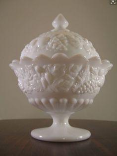 Westmoreland Milk Glass Della Robbia Candy Dish