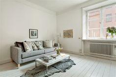 grey and white livingroom |from http://www.erikolsson.se/ | via planete deco
