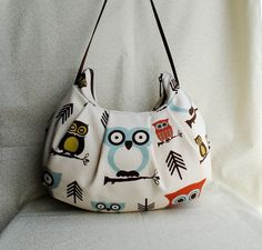 Pleated Bag // Shoulder Purse Cute Owl by lireca on Etsy