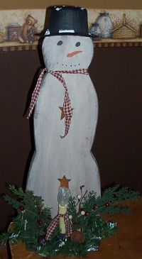 diy wooden snowman and lighted garland outdoor decorations | ... Windy Hill Wholesale Primitives Candles Wooden Items Country Furniture