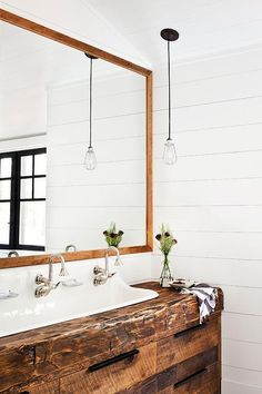 Reclaimed wood washstand