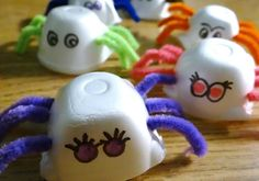 3 Egg Carton Critter Crafts - Spiders