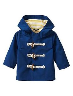 World's cutest coat -- want this and a little paddington bear for him! The other clothes in the collection are adorable too! Paddington Bear™ for babyGap rain parka Baby Boy Fashion, Toddler Fashion, Kids Fashion, Raincoats For Women, Baby Boy Outfits, Kids Outfits, Toddler Girl, Baby Kids, Outfits