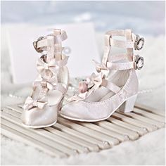 Cutest BJD shoes I have seen in a while, $15.00 on Taobao, size SD13, 7.5cm.... as天使工房,bjd鞋子,1/3甜美萝莉女鞋/粉,SH32007