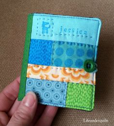 tiny patchwork needlebook