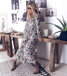 hippie outfits 382454193355044564 - Image may contain: 1 person, standing Source by viraromaniv Mode Outfits, Chic Outfits, Dress Outfits, Summer Outfits, Modest Fashion, Boho Fashion, Womens Fashion, Autumn Winter Fashion, Spring Fashion
