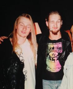 """chaineddeceit:  """"Layne & A Fan At The Nassau Colliseum After Opening For Van Halen in Oct of 91'. Photo Taken By Demri.  """""""