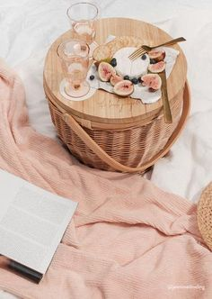 Picnic Basket | Beach Accessories | The Beach People - The Beach People US