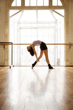 Ninette es una marca dirigida a todas aquellas mujeres que bailan, meditan, caminan la vida... Con indumentaria cómoda y a la moda con las últimas tendencias. Yoga, The Row, Ballet Skirt, Gym, Running, Sports, Fashion, Latest Trends, Dancing
