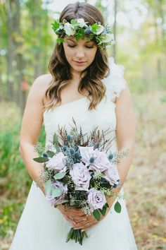Love letters and a fabulous forest setting. this, my friends, is what we like to call inspiration overload. It's beautiful blooms from IFiori meets crazy cool sweets from Cake & Loaf meets one . Wedding Pics, Wedding Bride, Wedding Styles, Dream Wedding, Woodsy Wedding, Boho Bride, Bridesmaid Bouquet, Wedding Bouquets, Wedding Flowers