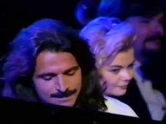 Yanni - Reflections of passion - Royal Albert Hall, London. Simply beautiful!  LO