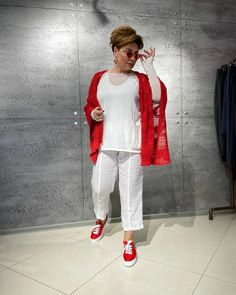 Blanco White, Ladies Luncheon, Mom Style, Style Men, Sport Casual, Well Dressed, Plus Size Fashion, Nice Dresses, Personal Style