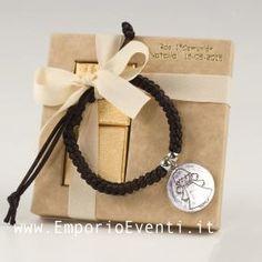 #bomboniere #bomboniera #bombonierecomunione #bombonieracomunione First Communion, Washer Necklace, Gift Wrapping, Place Card Holders, Box, Birthday, Leather, Gifts, Jewelry