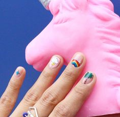 [#유니스텔라트랜드] ❤ #오늘네일뭐하지? #무지개네일 #유니콘네일 #☔️장마야빨리지나가 #우산들고다니기싫다 #unistella #daily_unistella #daily_unismani #pinkday #rainbownail #unicornnail #NOTD ✔유니스텔라 내의 모든 이미지를 사용하실때 사전 동의, 출처 꼭 밝혀주세요❤