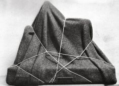 Man Ray, L'Enigme d'Isidore Ducasse, 1920.