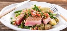 I'm cooking Tuna Steak aux Poivre with Green Chef https://greenchef.com/recipes/tuna-steak-aux-poivre-with-basil-pesto-potatoes-and-sauce