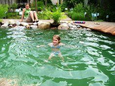 Eau et Jardin : Création d'étangs Limal Etanchéité Polyester - Piscine Naturelle