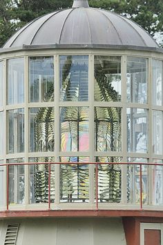 Ferndale resident continues Cape Mendocino Lighthouse lens sit-in; Shelter Cove community also wants lens