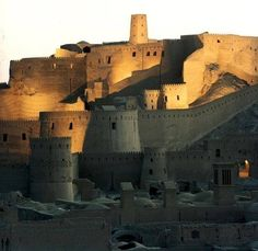 Majestic Bam Citadel (Arg-e-Bam) – The Largest adobe building in the world, dating to +500 BC. Kerman, IRAN