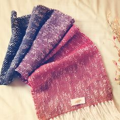 Hand-Woven Lithuania Wool & Cotton mana-antique.com