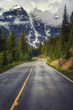 Moraine Lake Road, Banff National Park, Alberta