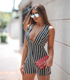Look Fashion, Girl Fashion, Womens Fashion, Summer Outfits, Girl Outfits, Edgy Chic, Jumpsuits For Women, Sexy Legs, Hot Girls