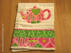 I sooooo want to do hand decorated tea towels for gift in 2012
