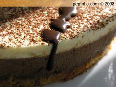 Tarta de mousse de chocolate, café y mascarpone Delicious Deserts, Cheesecakes, Tiramisu, Muffins, Recipies, Food And Drink, Pudding, Cupcakes, Baking