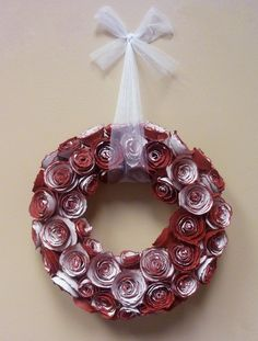 Antiqued Paper Rose Valentine Wreath