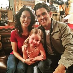 Julia, Michelle and Kevin getting cozy on set. I know Julia really likes working with Kevin but I wonder how 'Katie' feels about the new ranch hand? @official_heartlandoncbc @kevin_w_mcgarry @michellemorgan_