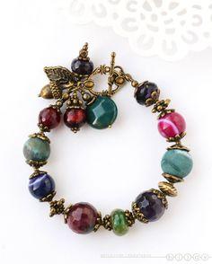 Браслет на руку «Сухие ягоды» – купить в интернет-магазине на Ярмарке Мастеров с доставкой #jewelryideas